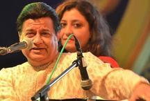 भजन गायक अनूप जलोटा ने तोड़ी कसम, पाकिस्तान में सुनाई उर्दू में भगवद् गीता