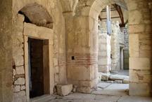 पुरातत्वविदों ने खोजी 'सांता क्लॉज' की कब्र, चर्च के नीचे मंदिर भी