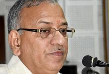 BHU के वीसी को सरकार ने भेजा लंबी छुट्टी पर, नहीं किया बर्खास्त