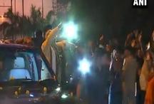 गुजरात: वडोदरा में पीएम मोदी का रोड शो, कई परियोजनाओं का किया उद्घाटन