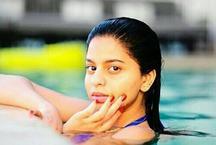 शाहरुख की बेटी सुहाना ने स्विमिंग पूल में उतरकर लगाई आग, फोटो वायरल