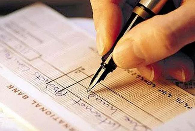 Image result for Cheque facility may be withdrawn to push digital transactions: CAIT official