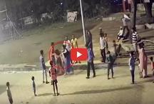VIDEO: गाउन पहन कर मंदिर पहुंची महिला पुलिसकर्मी, टोकने पर कर दी महिला की धुनाई