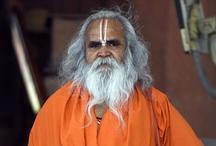अयोध्या विवाद पर बोले वेदांती, जब लाठियां खाई हमने तो मध्यस्थता करने वाले कौन होते हैं रविशंकर