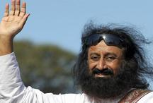 अयोध्या में राम मंदिर विवाद को लेकर गृहमंत्री राजनाथ से मिलेंगे श्रीश्री रविशंकर