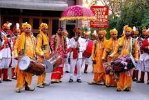 मोदी के बेटे की शादी में नहीं बजेगा बैंड-बाजा, खाने को मिलेगा 'प्रसाद'