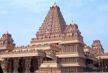 कहीं नूडल्स तो कहीं डोसा, भारत के इन मंदिरों में प्रसाद में मिलते हैं लजीज पकवान