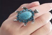 कछुए वाली अंगूठी पहनने के ये हैं फायदे, पहने हैं तो जरूर जान लें इन बातों को वरना झेलेंगे भयानक आर्थिक तंगी
