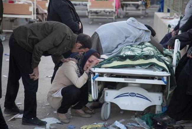 तबाही: साल के सबसे बड़े भूकंप की तस्वीरें देखकर कलेजा कांप उठेगा, 400 लोगों की हुई मौत, 6700 घायल
