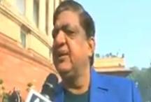 कुलभूषण जाधव को लेकर सपा नेता ने दिया विवदित बयान, बाद में दी ये सफाई