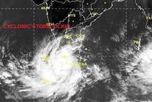 केरल और तमिलनाडु में 'ओखी' तूफान का कहर, नेवी ने उतारे 5 जहाज