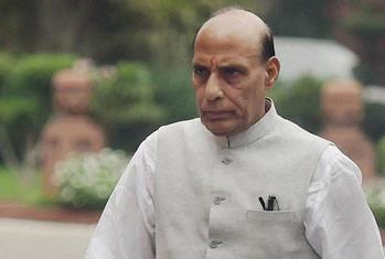 नक्सलियों से दो-दो हाथ के लिए गृहमंत्री ने बुलाई बैठक