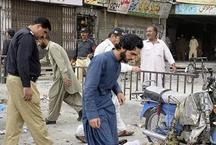 पाकिस्तान के दो शहरों में 3 धमाके, 42 लोगों की मौत, 120 घायल