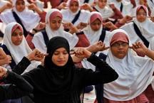 छत्तीसगढ़: रमजान के महीने में रोजेदारों ने भी किया योग