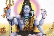 जानिए भगवान शिव अपने गले पर क्यों लपेटते हैं सांप