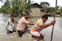 असम: बाढ़ से मरने वालों की संख्या हुई 60 के पार, 12 लाख लोग प्रभावित