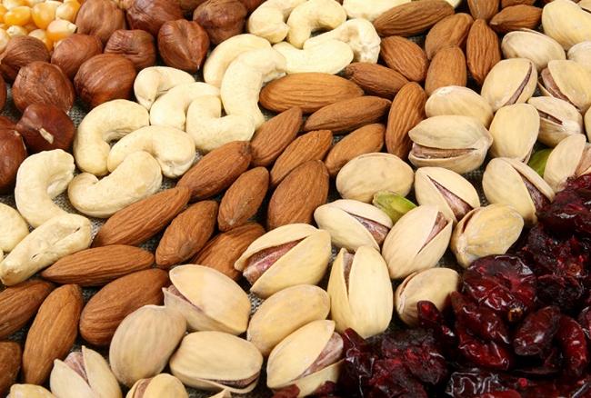 ड्राई फ्रूट्स खाने से होते हैं ये फायदें, जानें किसमें कितना प्रोटीन