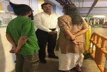 कोलकाता: धोती पहनने की वजह से इस आदमी को मॉल में जाने से रोका