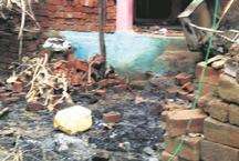 मुस्लिम प्रेमी के साथ रफूचक्कर हुई नाबालिग राजपूत लड़की, हिंदुओं ने फूंके घर