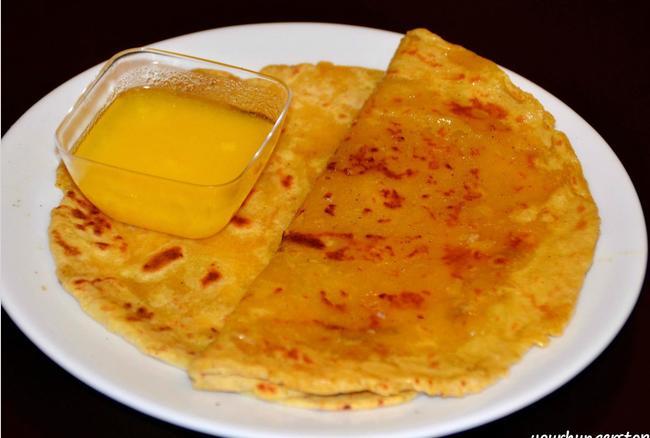 घर पर बनाना सीखें महाराष्ट्र के स्वादिष्ट मीठे पूरन पोलीः रेसिपी