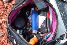 लड़कियां डेट पर जाने से पहले इन सामानों को पर्स में रखें जरूर