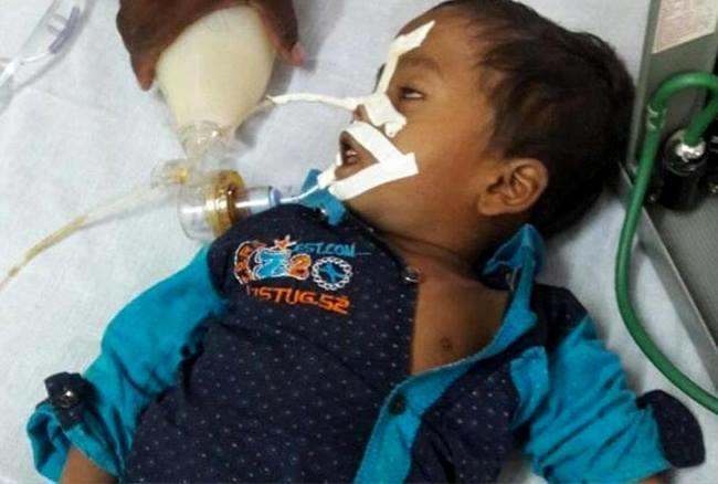 बीआरडी में गुरुवार की शाम से ही बच्चों की मौत का सिलसिला शुरू हो गया।
