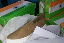 चीन ने किया तिरंगे का अपमान, तिरंगे डिब्बे में भेज दिया जूतों का खेप