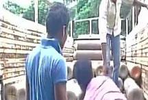 गोरखपुरः 32 बच्चों की बलि के बाद अस्पताल में पहुंचे ऑक्सीजन सिलेंडर