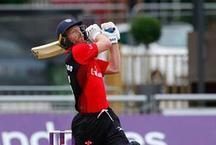 इस बल्लेबाज ने 41 साल की उम्र में लगाया रिकॉर्ड शतक