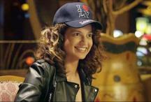 Trailer: कंगना रनौत बनी बेबाक 'सिमरन', लगी शराब और जुए की लत