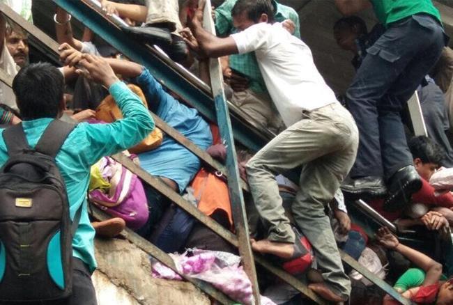 मुंबई में भगदड़ हादसे पर पीएम और राष्ट्रपति ने जताया दुख