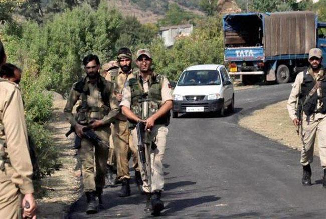 जम्मू कश्मीर: आतंकी हमले में चार जवान घायल