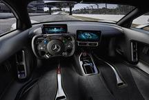 मर्सिडीज ने लॉन्च की 17 करोड़ की कार, सड़क पर दौड़ेगी जैसे प्लेन