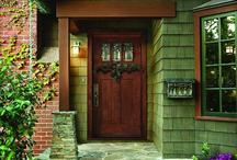 वास्तु शास्त्र: यदि इस दिशा में है घर का दरवाजा तो होगा केवल नुकसान