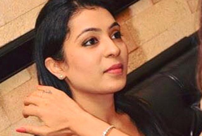 गौतम गंभीर की पत्नी नताशा जैन करोड़पति बिजनेस फैमिली से ताल्लुक रखती है।
