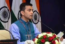 ईरान से तेल आयात के मुद्दों पर सभी हितधारकों के साथ बातचीत कर रहा है भारत