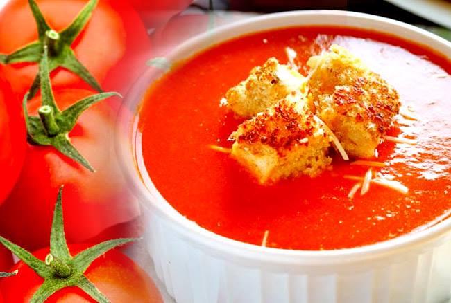 मिनटों में ऐसे बनाएं रेस्टोरेंट स्टाइल का टोमैटो सूप, ये है रेसिपी