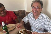इतिहासकार रामचंद्र गुहा ने डिलीट किया  'बीफ खाने' वाला ट्वीट, कही ये बात..