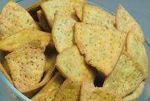 रेसिपी: घर पर मिनटों में फटाफट बनाएं 'चीज निमकी पापड़ी'