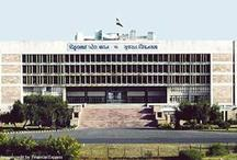 गुजरात विधानसभा हंगामे को लेकर कांग्रेस विधायक 3 साल के लिए सदन से निलंबित
