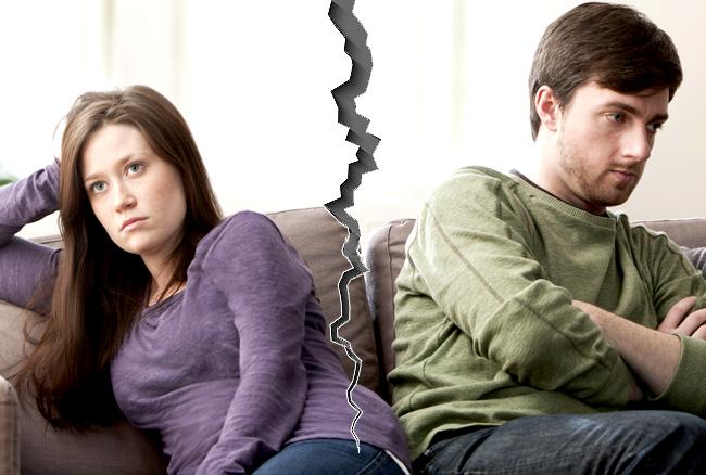पति-पत्नी में झगड़े, के लिए इमेज परिणाम
