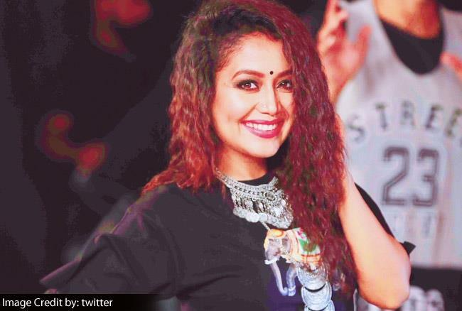 प्रिया प्रकाश को कॉपी करने पर Troll हुईं  नेहा कक्कड़, इस गलती की वजह से उठानी पड़ी शर्मिंदगी