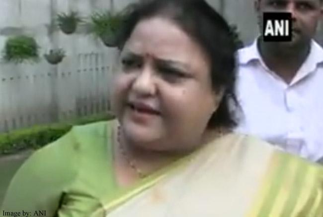 दलितों के घर मच्छर काटते हैं फिर भी करते हैं प्रसन्नता महसूस: अनुपमा जायसवाल