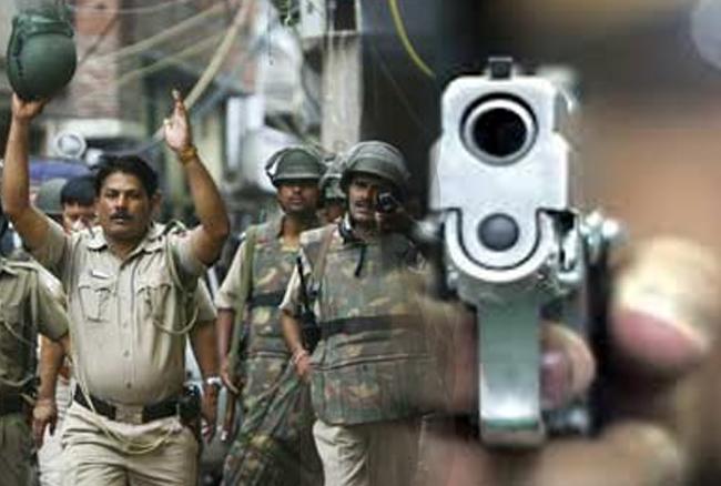 दिल्ली के प्रीत विहार में मुठभेड़, ASI की सर्विस रिवॉल्वर लूटकर भागे बदमाश