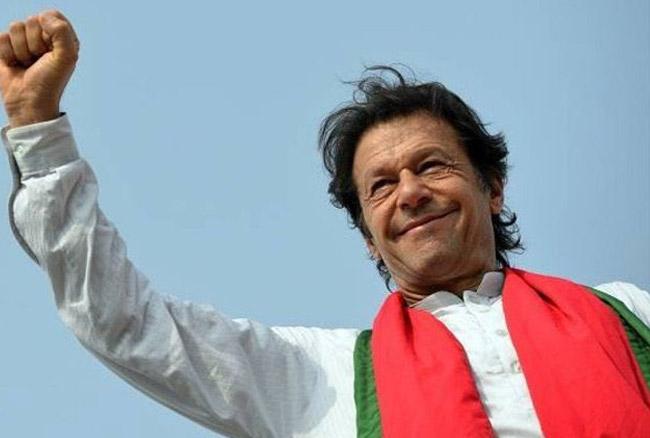 पाकिस्तान का वजीरे आजम बनने से पहले इमरान खान ने किया ये बड़ा वादा