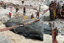 उत्तराखंडः बादल फटने से पुल बहा तो आर्मी और स्थानीय लोगों ने मिलकर 10 घंटे में बनाया ये ब्रिज