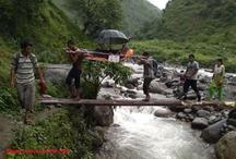 उत्तराखंडः भारी बारिश के चलते खराब हुईं सड़कें, ग्रामीणों ने गर्भवती को 11 किलोमीटर पैदल चलकर पहुंचाया अस्पताल