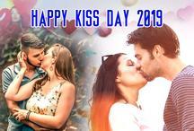 Kiss Day Shayari :  किस डे पर गुलाबी होठों की शायरी का बेहतरीन कलेक्शन