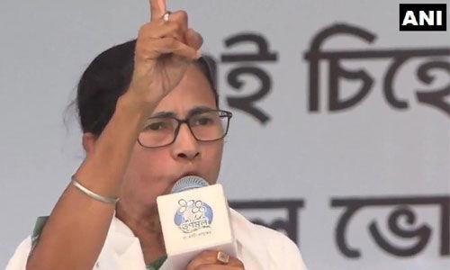 ममता की PM मोदी को चुनौती : अपने आरोपों को साबित करो, वापस ले लूंगी 42 की उम्मीदवारी